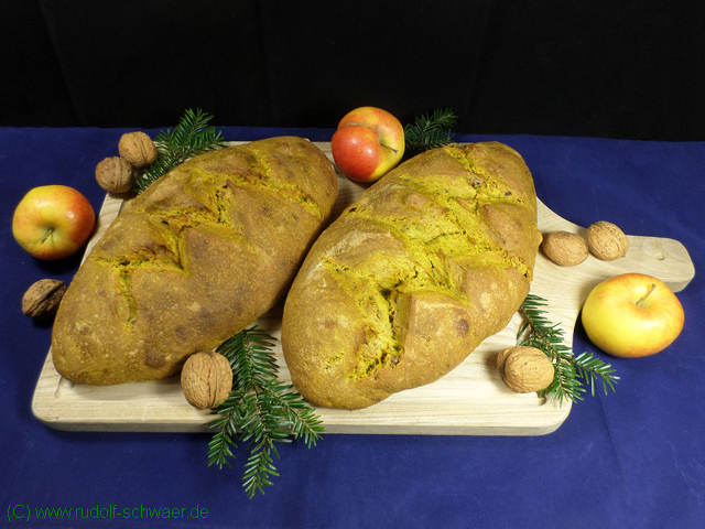 weihnachtsbrot_2016_laibe